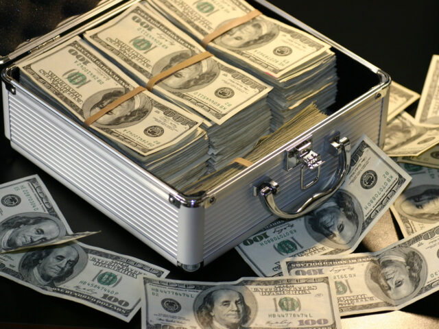 https://fencefranchise.superiorfenceandrail.com/wp-content/uploads/2020/08/finance-a-franchise-SBA-loan-640x480.jpg
